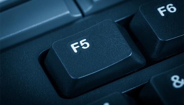 F5アタック